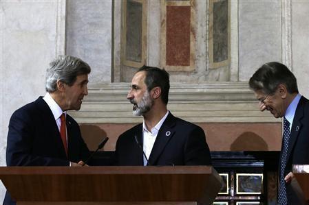 Giulio Terzi con John Kerry e Moaz Al-Khatib, leader della coalizione