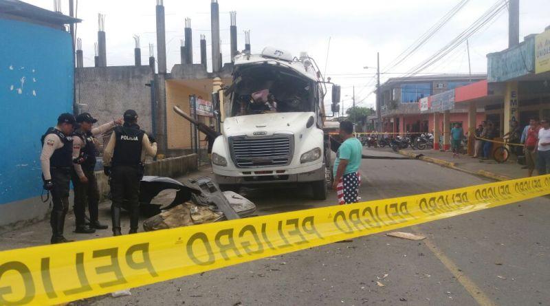 Un afectado en explosión vehícular en la ciudad de Nueva Loja