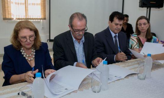 Por 30 dias, Arlindo é o prefeito de Canelinha