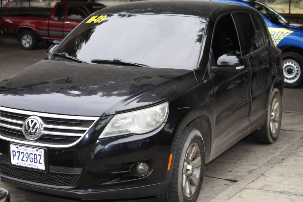 Vehículo utilizado en asalto a mano armada en Amatitlán, los asaltantes fueron grabados por cámaras de vigilancia
