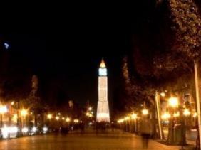 صورة فيروس كورونا: الرئيس التونسي يعلن حظر التجوال ليلا في البلاد ابتداء من الأربعاء