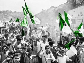 """صورة رئيس الجمهورية : الجزائر الوفية لرسالة الشهداء """"لن تسمح باستمرار الممارسات التي زرعت بذور الفساد"""""""