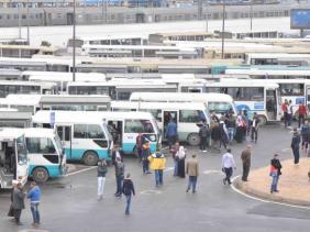صورة الحكومة تمنح 30 ألف دج للناقلين و10 ألاف دج للسائقين والقابضين واتحاد الناقلين يثمن الاجراء