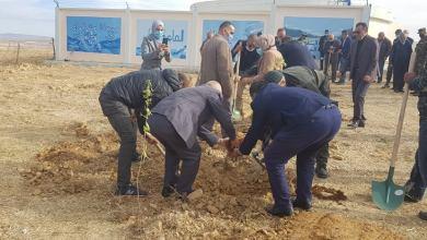 صورة انطلاق حملة التشجير التي نظمتها وحدة الجزائرية للمياه بتيارت