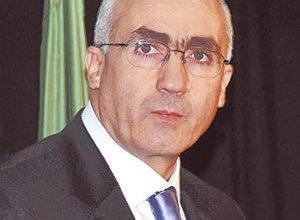 صورة وزير الاتصال الأسبق عبد الرشيد بوكرزازة في ذمة الله