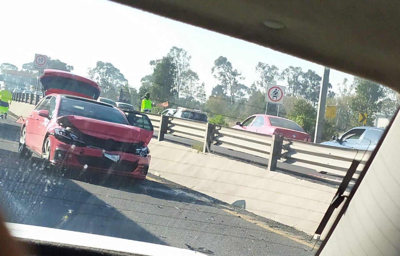 DOS ACCIDENTES EN LA TOLUCA-ATLACOMULCO CAUSAN TRÁFICO
