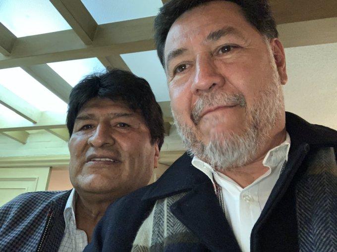 """Piden """"coperacha"""" a diputados para mantener a Evo Morales"""
