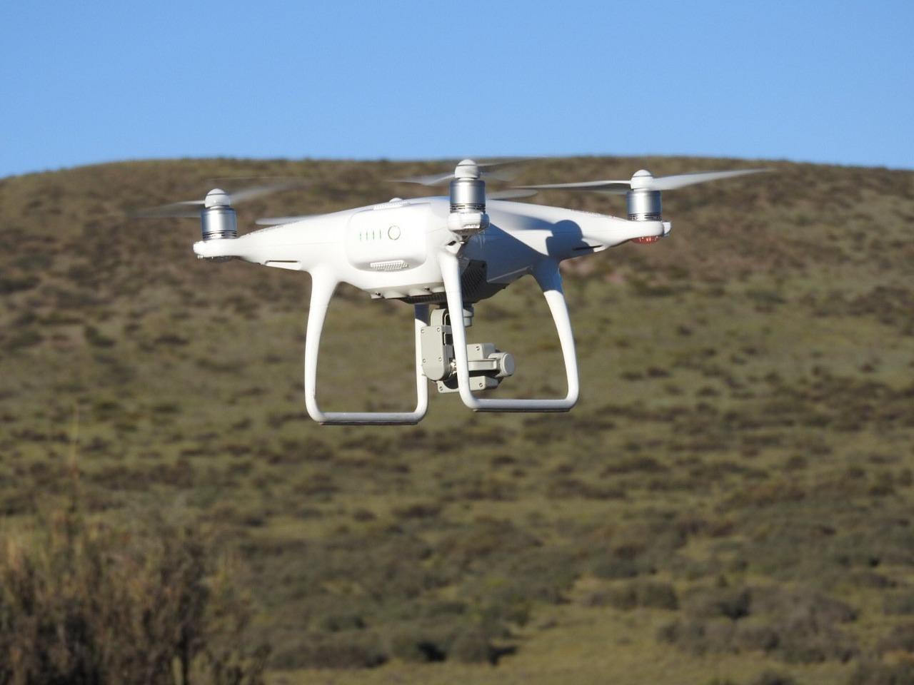 CONOCE LA TECNOLOGÍA CON DRONES Y SUS MÚLTIPLES BENEFICIOS
