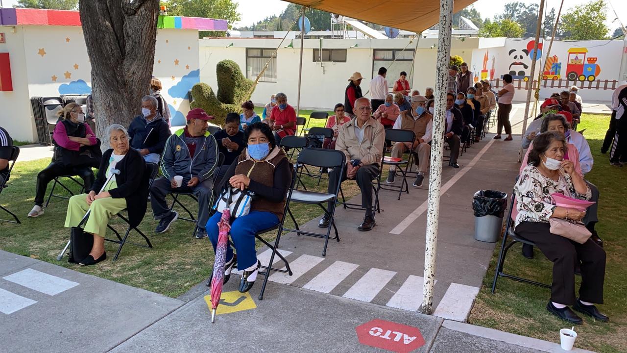 CON ENTREGA DE TARJETAS GARANTIZA ISSEMYM PAGO DE PENSIONES DURANTE CONTINGENCIA