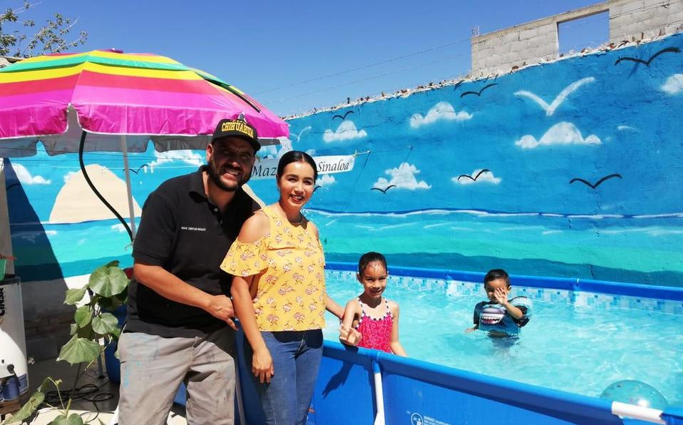 FAMILIA RECREA EN SU PATIO PLAYA DE MAZATLÁN