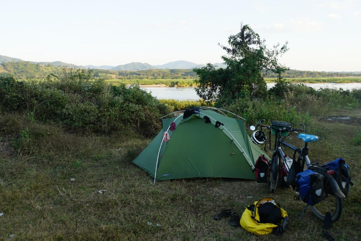 Wie wir zelten in Laos lernten…