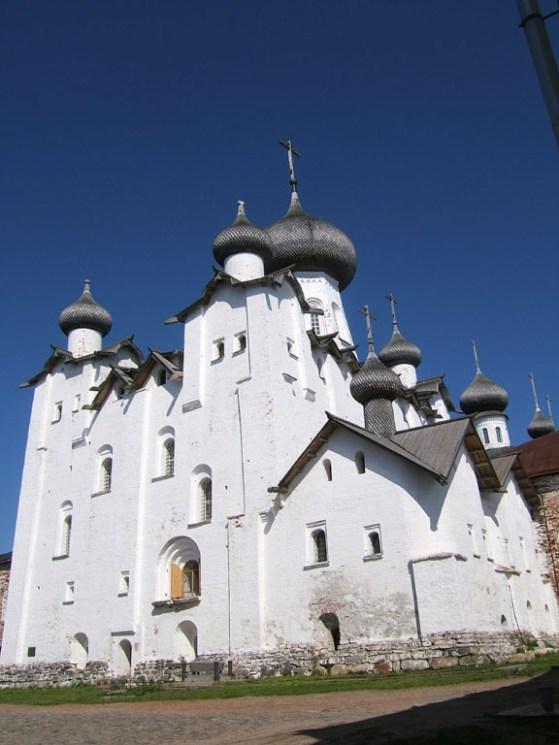 solovki-monastery-576x768