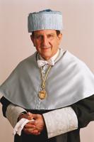 Dr. Ángel Aguirre Baztan