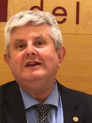 """Debate """"Tabaquismo: presente y futuro"""" Dr. José Ramón Calvo"""