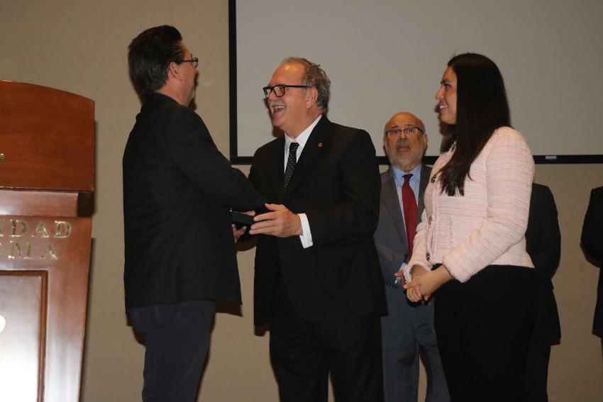 Entrega de premios RAED a tesis doctorales. Coahuila, México