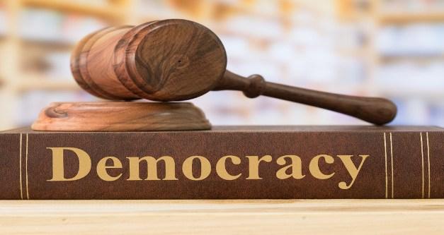 El dret a la resistència i a la dissidència