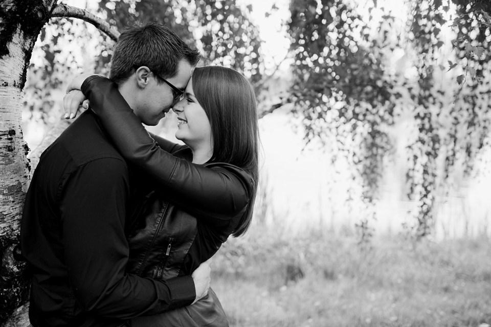Bower Ponds Engagement Photos | Red Deer Photographers | Raelene Schulmeister Photography