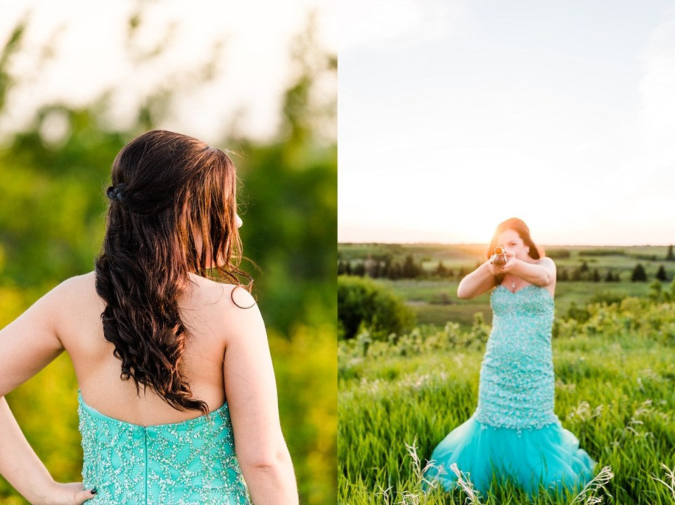 Twin Grad Sessions | Red Deer Photographers | Stettler photographers | Kelsey and Carter