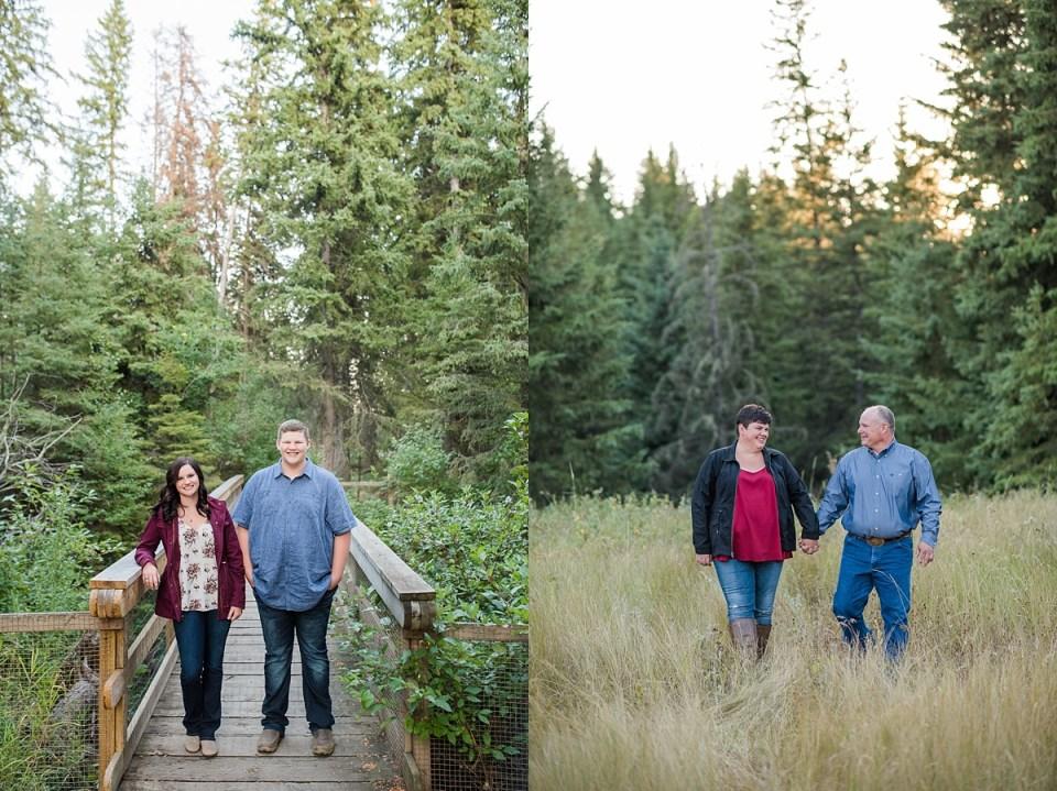Fall Family Photos at Big Knife Provincial Park | Stettler Photographers | Raelene Schulmeister Photography | Stettler Family Photos | Family photos in the fall