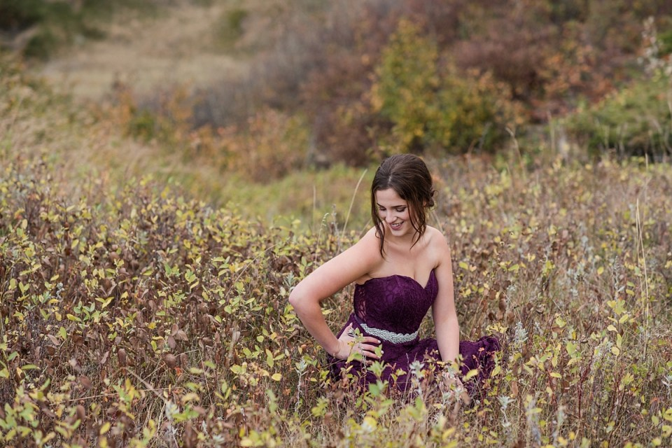 Fall family photos in the coulee, Stettler Photographers, Graduation Photos, family of 3, purple and blue coordinating outfits for family photos