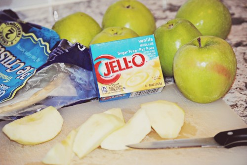 Easy Apple Pie  // How to make a relatively Healthy Apple Pie!
