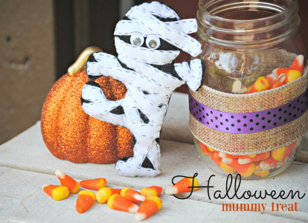 Halloween Mummy Treat DIY Felt Mummy Treat