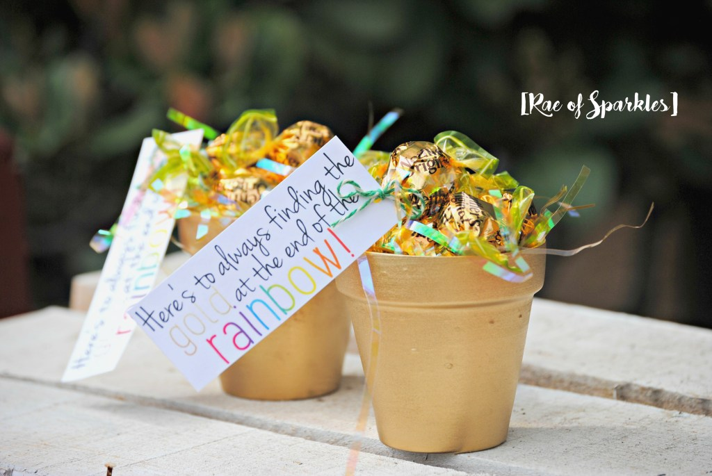 DIY Gold Pots for St. Patrick's Day Treats