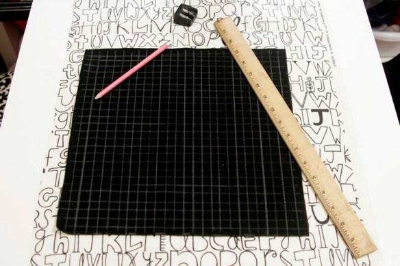 cross stitch pillow tutorial grid