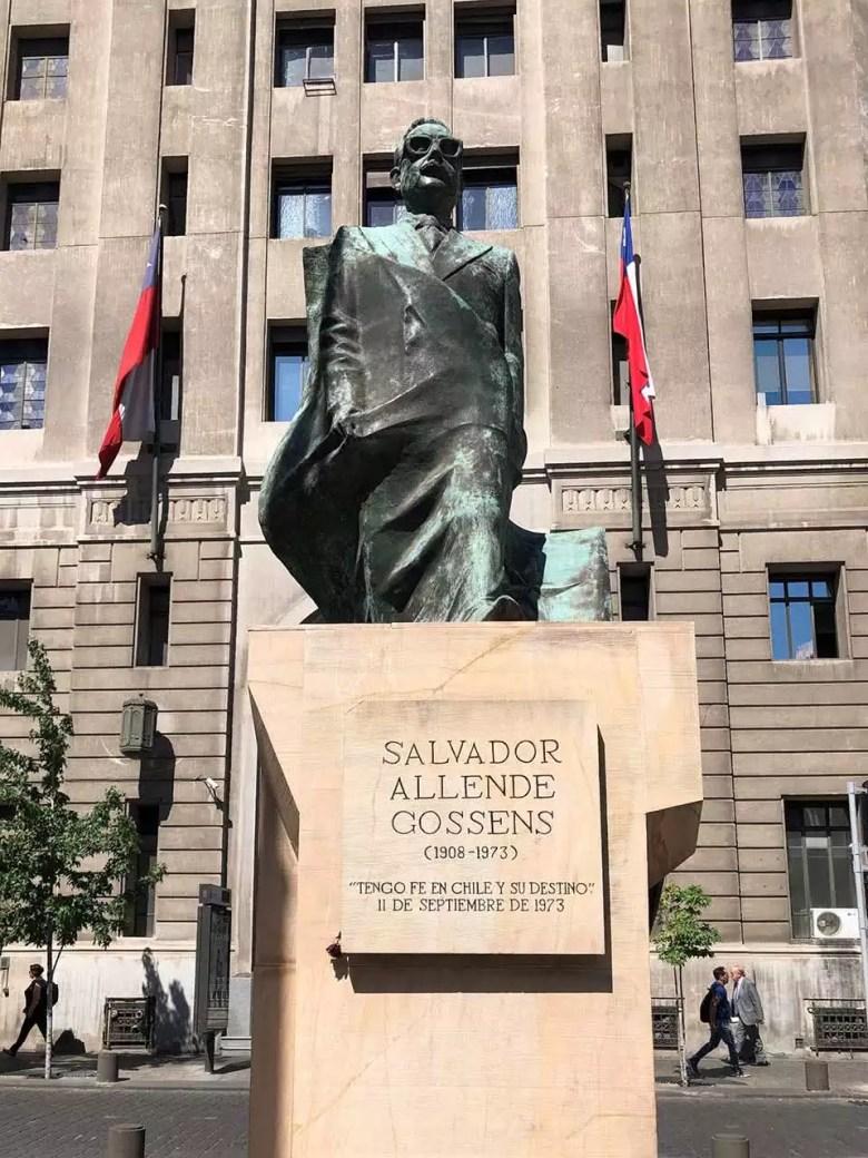 Estátua Salvador Allende