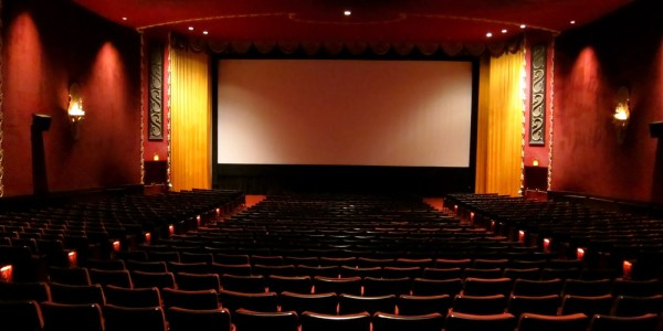 Artistas de cinema ganham mais do que os de teatro