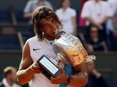 C'est son deuxième titre consécutif à Roland-Garros et sa 6e victoire en sept matches face à Federer, face auquel il commence à prendre un ascendant important, même si l'essentiel de leurs rencontres ont eu lieu sur terre battue.