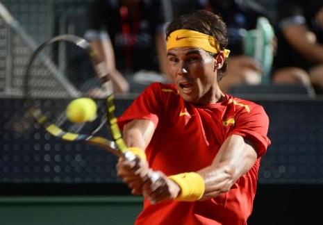 Rafael Nadal beats Sergiy Stakhovsky 60 60 64 Davis Cup (21)