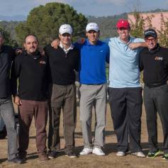 Rafael Nadal Plays Golf In Mallorca 2013 (4)