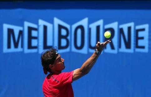 Australian Open 2014 Rafael Nadal practice session (6)