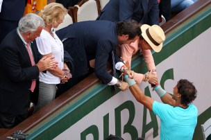 Rafael Nadal is congratulated by his girlfriend, family, friends and the rest of team (18)