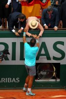 Rafael Nadal is congratulated by his girlfriend, family, friends and the rest of team (6)