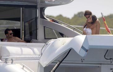 Rafael Nadal and his girlfriend Maria Francisca Perello (15)