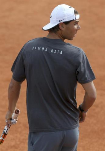 Rafael Nadal entrenando en Madrid