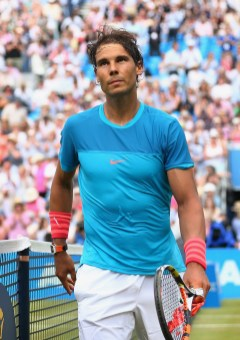 Rafael Nadal of Spain leaves centre court after his defeat in his men's singles first round match against Alexandr Dolgopolov of Ukraine during day two of the Aegon Championships at Queen's Club on June 16, 2015 in London, England. (June 15, 2015 - Source: Clive Brunskill/Getty Images Europe)