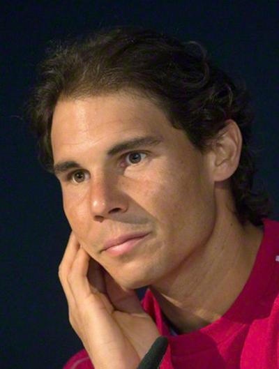 El tenista español Rafael Nadal durante una rueda de prensa en el marco del torneo de tenis de Stuttgart, en Alemania, hoy, 8 de junio de 2015. EFE/MARIJAN MURAT