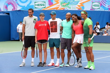 August 29, 2015 - (L-R) Marin Cilic, Elizabeth Scotty, Roger Federer, Shaun T, Serena Williams and Rafael Nadal participate in Arthur Ashe Kids' Day during the 2015 US Open at the USTA Billie Jean King National Tennis Center in Flushing, NY. - USTA/Jen Pottheiser