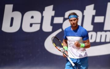 Rafael Nadal of Spain reacts during the final match against Fabio Fognini of Italy at the ATP Tennis Tournament in Hamburg, Germany, 02 August 2015. (Tenis, Alemania, Italia, España, Hamburgo) EFE/EPA/Daniel Reinhardt