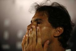 El tenista español Rafael Nadal gesticula hoy, lunes 15 de febrero de 2016, durante rueda de prensa del Abierto de Tenis de Río, en Río de Janeiro (Brasil). EFE/Marcelo Sayão