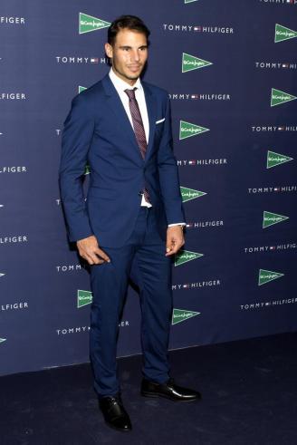 El tenista Rafa Nadal, durante la presentación hoy de la campaña de Otoño 2016 de Tommy Hilfiger de la que es embajador. EFE/Javier Liaño