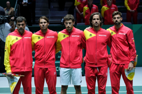 (LtoR) Spain's captain Sergi Bruguera, Spain's Rafael Nadal, Pablo Carreno of Spain, Spain's Feliciano Lopez and Spain's Marcel Granollers stand prior to the singles tennis match between Spain and Argentina at the Davis Cup Madrid Finals 2019 in Madrid on November 19, 2019. (Photo by Oscar Gonzalez/NurPhoto via Getty Images)