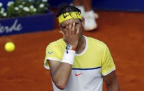 Spain's Rafael Nadal reacts after missing a shot during his semi-final tennis match against Austria's Dominic Thiem at the ATP Argentina Open in Buenos Aires, February 13, 2016. REUTERS/Marcos Brindicci