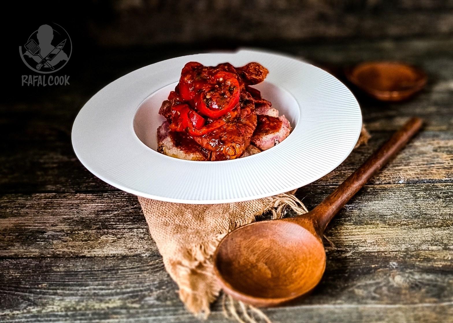 Pollo con Peperoni z kuchni rzymskiej