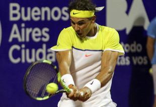 rafael-nadal-beats-juan-monaco-to-reach-argentina-quarterfinals-10