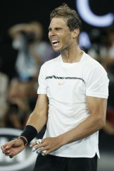 nadal-defeats-monfils-to-reach-australian-open-quarter-finals-2