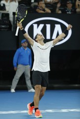 nadal-defeats-monfils-to-reach-australian-open-quarter-finals-3